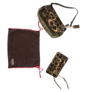 Coach camouflage small purse and wristlet